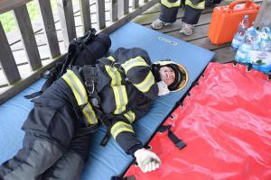 Držíme palce! Zlínský hasič Jan Haderka odlétá bojovat do Jižní Koreji