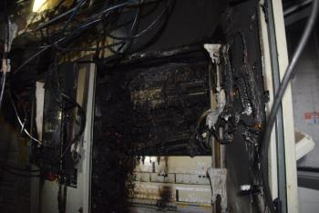 Požár stánku rychlého občerstvení způsobil obrovskou škodu