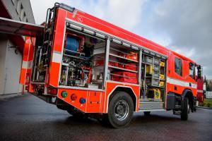 Dárek jako hrom! Tanvaldští hasiči dostali novou Scanii P440