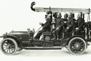 Hasičský automobil Praga