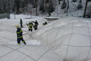 První únorovou neděli se středočeští hasiči takřka nezastavili