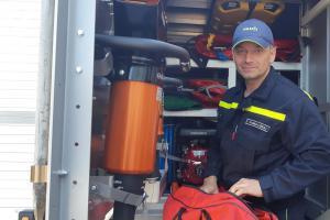 Nečekané drama v pardubickém divadle, hasič zachránil divačce život