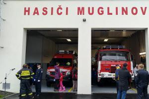 Dobrovolní hasiči v Ostravě slavili. Dostali nové zbrojnice a techniku
