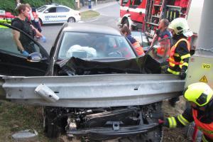 Řidička do práce nedojela, hned po ránu nabourala do svodidel