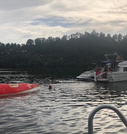 Na Slapské přehradě se převrátila plachetnice. Rodiče i dítě přežili