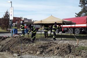 Profesionální a dobrovolní hasiči pomáhají v Olomouckém kraji