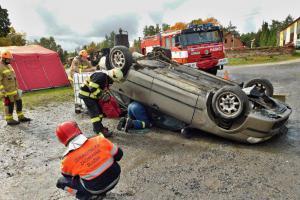Ve Skalné na Chebsku se konal nultý ročník soutěže ve vyprošťování osob z vozidel