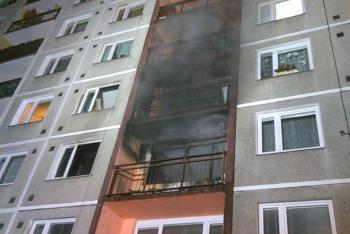 Požár bytu v panelovém domě v Děčíně