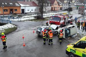 U nehody se zranili dva lidé