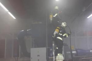 Vznítil se prach a požár v hale samozhašovací systém nezvládl