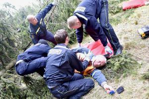 Hasiči na Karlovarsku pilně cvičili oživování osob pomocí AED