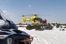 Turista si pěkně nadrobil. Zranil se na lavinovém svahu v Krkonoších