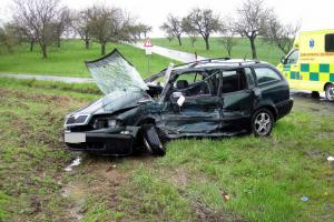 Poslední jízda řidičky u obce Kelč. Zemřela po střetu s autobusem