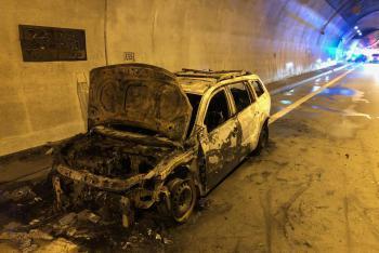 Požár osobního auta v klimkovickém tunelu se obešel bez zranění