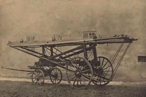 Čtyřkolový pošinovací žebřík - český vynález