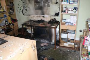 Prodejna papírnictví ve Vrchlabí hořela jako papír. Škoda za půl milionu