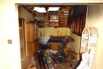 Další téměř miliónový požár střechy rodinného domu. Tentokrát ve Volarech