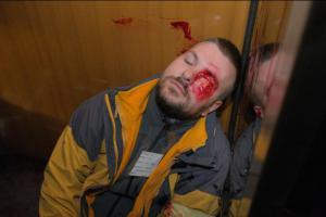 Masakr v tunelu. Z vlaku spadl náklad na protijedoucí soupravu