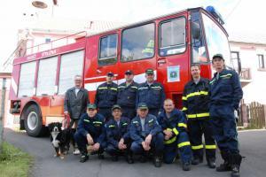 Obětavost dobrovolných hasičů nezná mezí. Nesmí se ale zranit, natož přijít o život