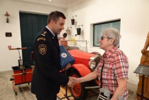 Hasičské muzeum v Ostravě přivítalo jubilejního návštěvníka z Havířova