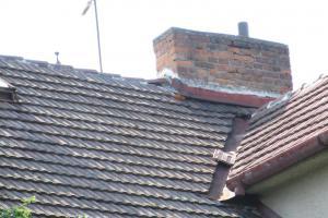 Oxid uhelnatý z prasklého komínu přiotrávil ve Stříbře dítě