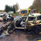 Při nehodě dvou osobních aut a kamionu zemřel pětiletý chlapec