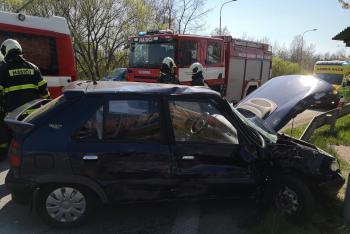 Hasiči se snažili marně. Nehodu řidič v Českých Budějovicích nepřežil