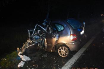 Tragédie na Strakonicku, řidič osobáku srážku s kamionem nepřežil