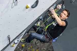 Na lezecké stěně ve Velkém Poříčí se soutěžilo o titul mistra HZS ČR