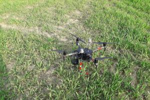 Pomocník ve vzduchu. Hasičům na Liberecku bude pomáhat dron