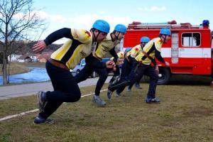 Extra: Trénujete taky tak? Dobrovolní hasiči v přípravě před akcí