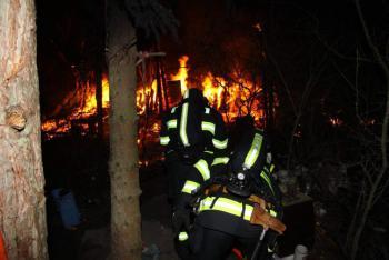 Požár chaty v Žulové na Olomoucku zavinila zřejmě závada na kouřovodu