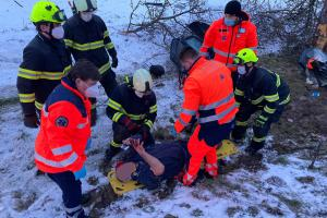 Bouračka v Bystřici nad Pernštejnem. Jedna osoba skončila v nemocnici