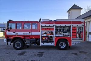 Nová cisterna pro hasiče ve Vimperku. Jezdí i v blátě