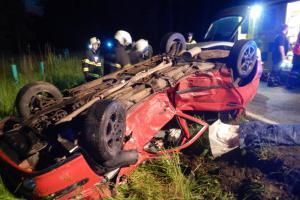 Poslední neděle řidiče. Nehodu dvou osobáků u Dolního Bolíkova nepřežil