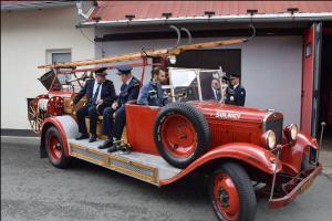 Za legendární Máňou do Zbirohu!  Výstava hasičské techniky je zadarmiko! (VIDEO)