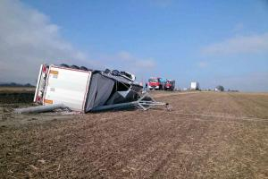 Nehoda kamionu na tahu z Brna na Svitavy. Šest hodin komplikací