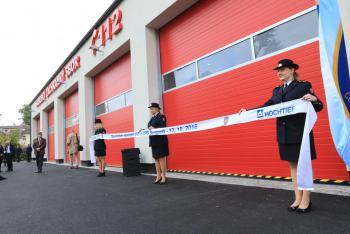 Profesionální hasiči v Šumperku se radují, dostali zbrusu novou stanici
