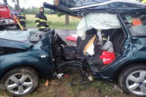 Víkend na Příbramsku: Tři vážné nehody, nemálo zraněných osob