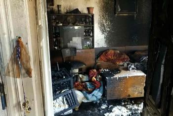 Co se v domě stalo? Nejdřív se ozvala exploze a v ohni zůstal popálený muž