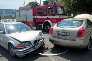 Nehoda dvou vozů komplikovala dopravu ve Zlíně na Jižních Svazích