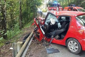 Zrádná zatáčka. Při nehodě v Lanšperku se zranilo šest osob