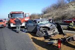 Řidiči asi byli radostí bez sebe. Na několik hodin uzavřená dálnice ze Slaného do Prahy