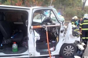 K dopravní nehodě jeli hasiči 39 minut. Blokovaly je dlouhé kolony