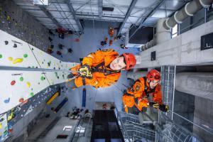Stavba roku stojí ve Velkém Poříčí. Je to lezecký polygon (VIDEO)