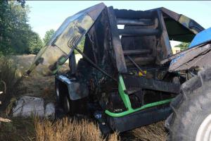 Moravskoslezští hasiči se fakt nenudí, zachránili pole s obilím (VIDEO)