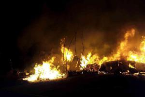 Noc v Moravském Berouně prosvětlovaly požáry chatek a přístřešků