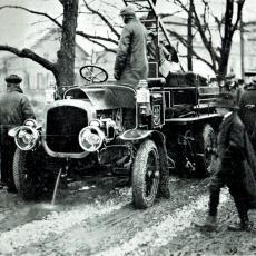 Hasičský vůz Praga